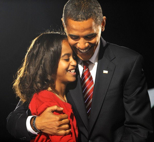Obama-and-Malia-Ann-barack-obama-2765955-610-562