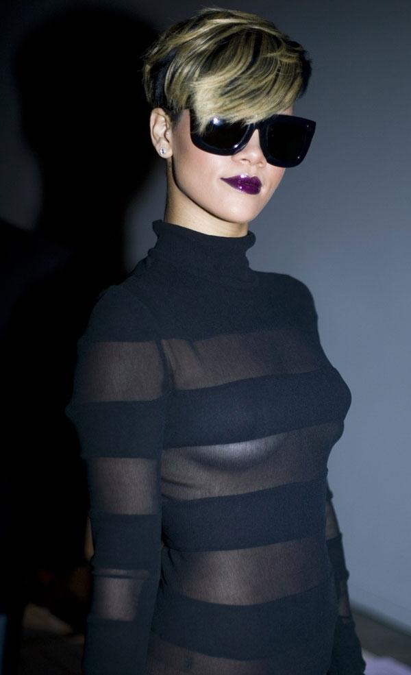 Rihannaseethroughdress