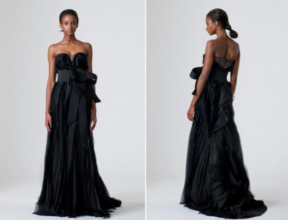 black-strapless-bridal-dress-by-vera-wang