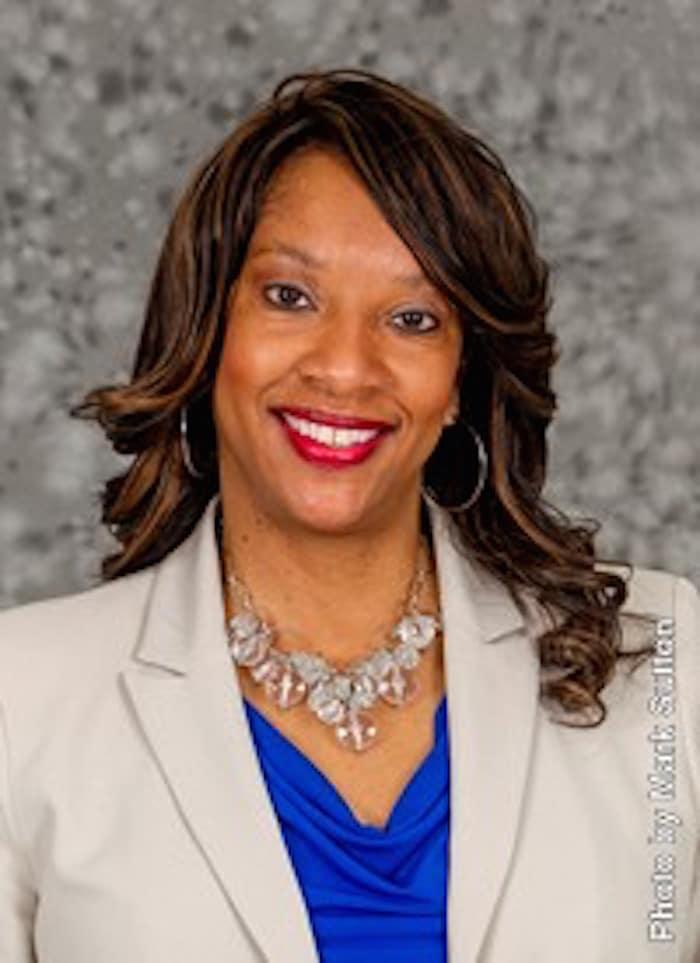 Paula Jackson headshot-30534 (1)