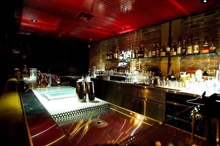 the-varnish-bar