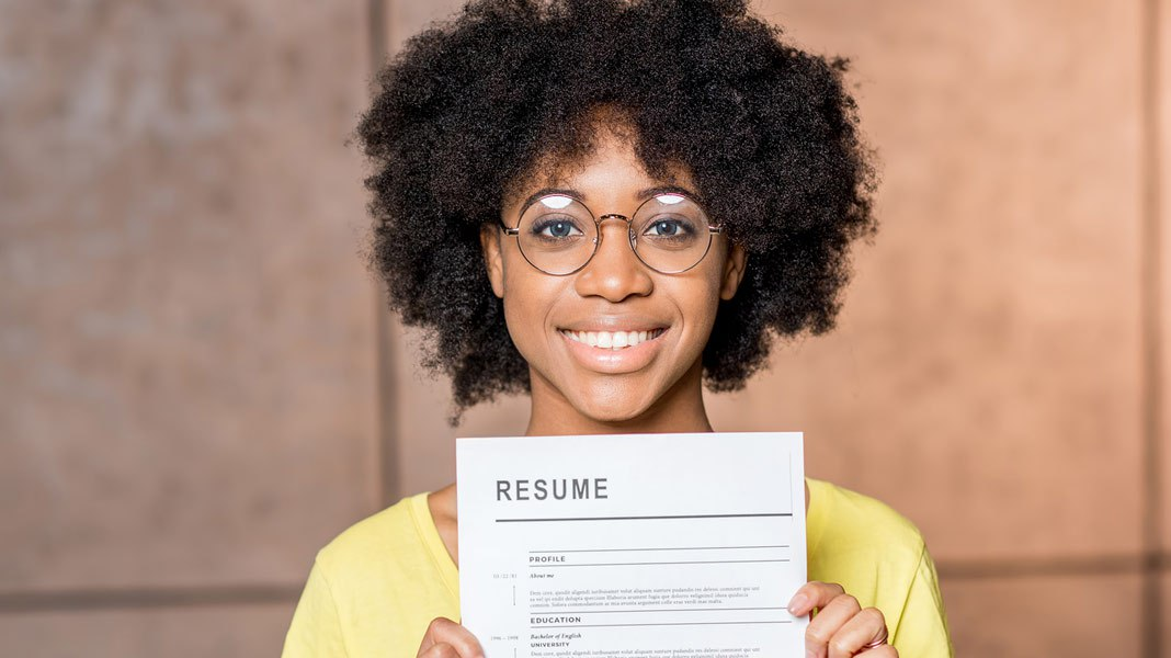 black-woman-resume